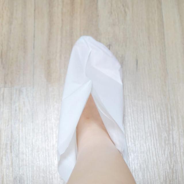 Маска-носочки для ног с сухой эссенцией Petitfee применение1